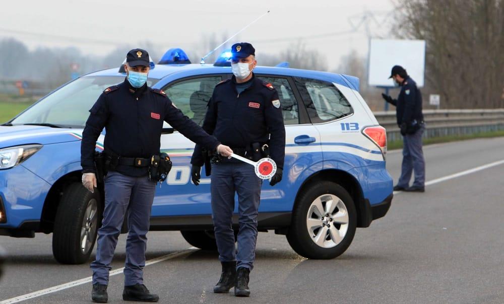 Coronavirus, i cittadini possono contare sulla Polizia | Informare sull'assoluta necessità del rispetto delle regole dettate