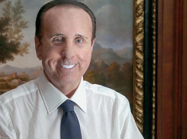 Filippo Antonio De Cecco, patron dell'imprenditoria abruzzese, dona 250mila euro per l'acquisto di 10 nuovi respiratori per la Regione Abruzzo