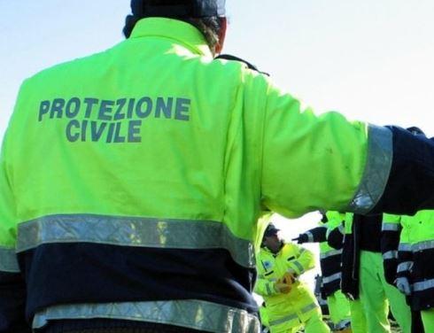 La Protezione Civile di Capistrello distribuisce 5000 mascherine con il porta a porta