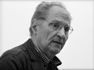 """Lo scrittore celanese Renzo Paris selezionato per il Premio Strega con """"Miss Rosselli"""""""