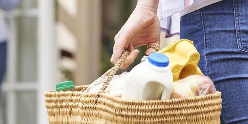 Coronavirus: Cerchio si mobilita per farmaci e spesa a domicilio, nasce lo slogan #TELOPORTOACASA