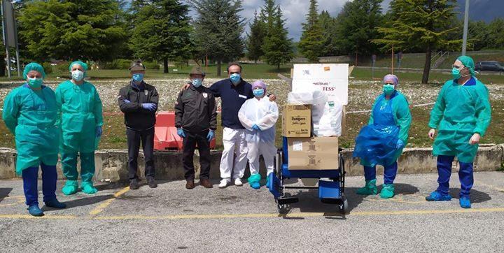 Trasacco, il Gruppo Alpini consegna dispositivi di Protezione Individuale all'AVIS, al Distretto Sanitario e all'Ospedale di Avezzano
