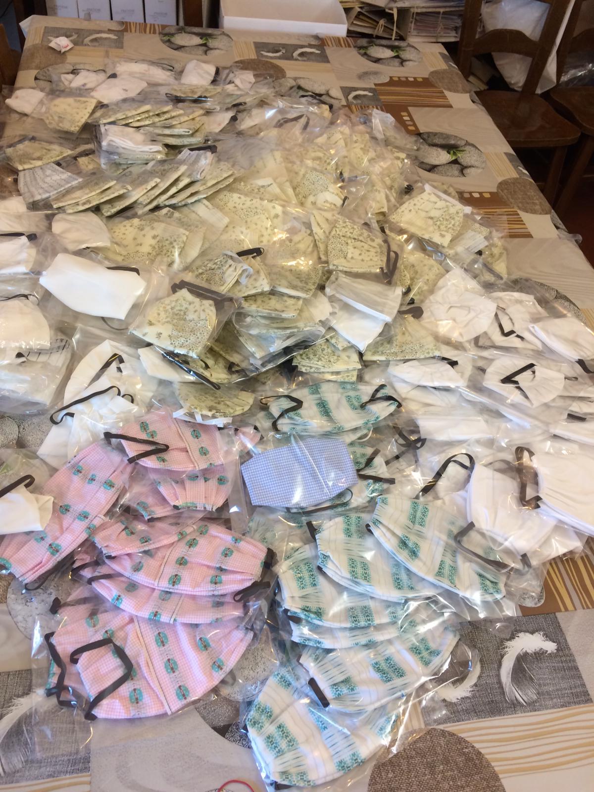300 mascherine colorate il regalo di Pasqua della Pro Loco di Opi
