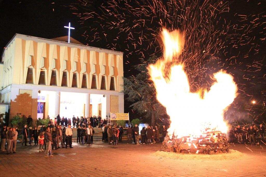 Associazione Culturale Parrocchia Madonna del Passo, un video fotografico sulla storia del focaraccio