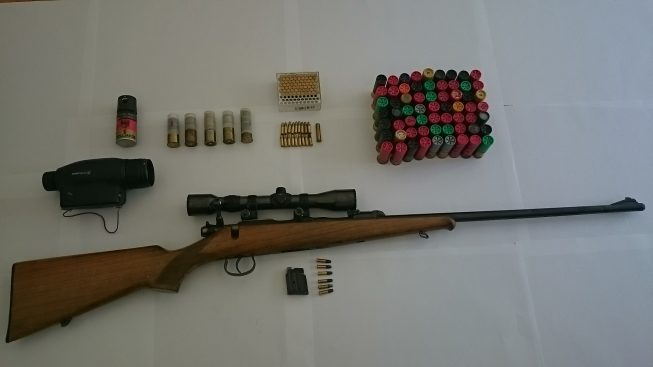 Aielli, Carabinieri Forestali sequestrano una carabina: era nascosta nel casolare isolato con un centinaio di munizioni