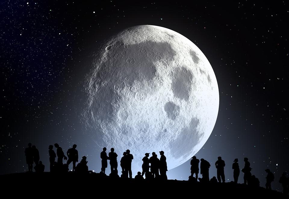 La luna più bella e grande dell'anno: Superluna nella notte tra il 7 e l'8 aprile