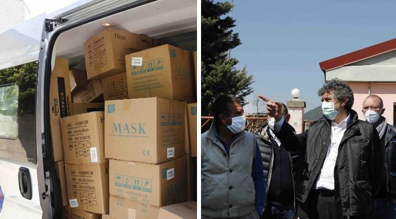 Arrivato a L'Aquila il primo stock di mascherine dalla Russia, 120mila mascherine ffp2 e 100mila mascherine chirurgiche
