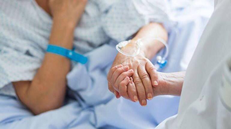 """Dalla Marsica un pensiero di riconoscenza per tutta la vita nella commovente lettera di ringraziamento per gli operatori sanitari del reparto di Malattie infettive""""Carezze per le nostre anime"""""""