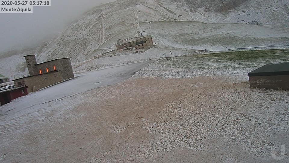 Neve di maggio a Campo Imperatore