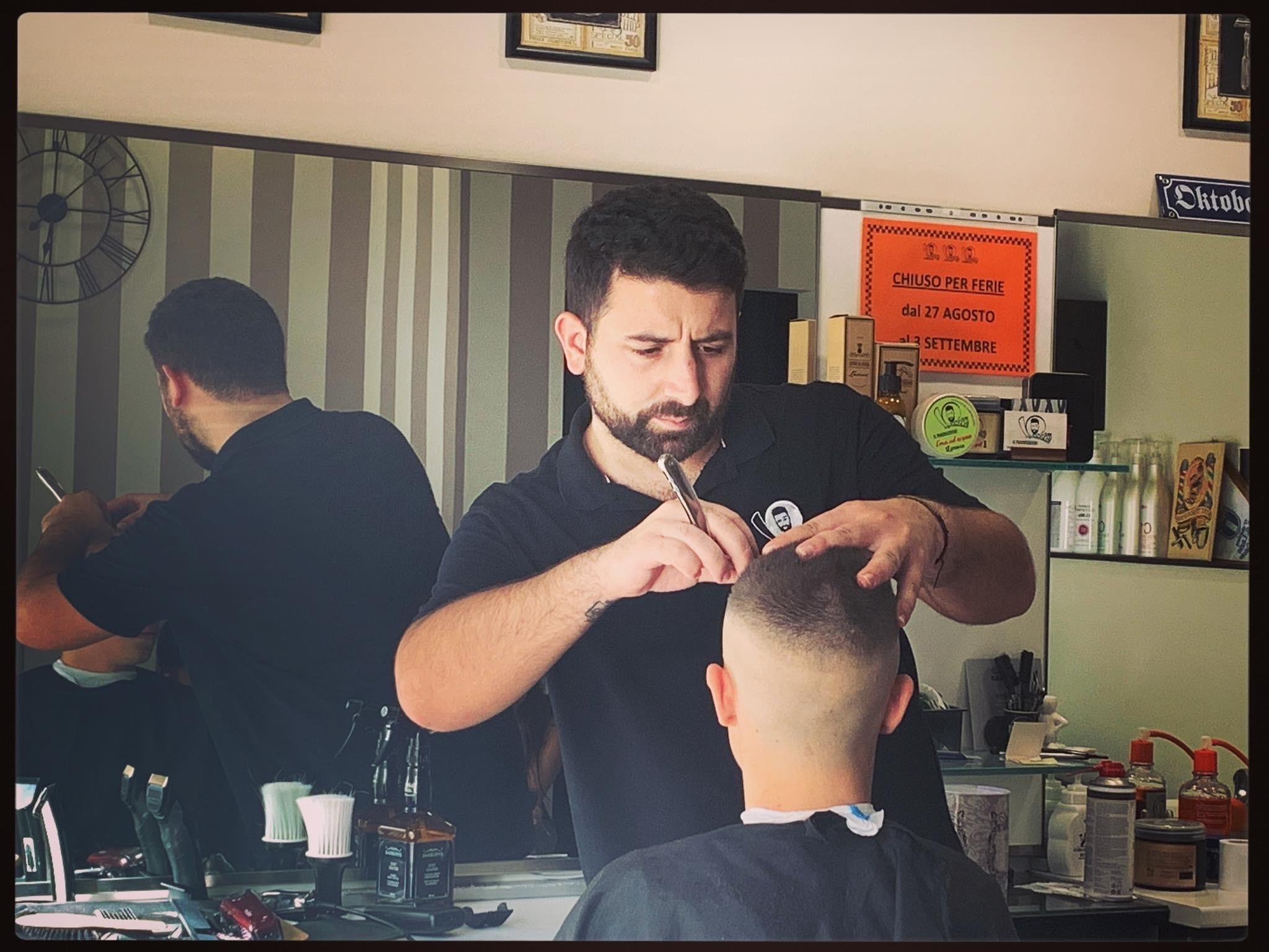 Covid-19, estetisti, barbieri e parrucchieri ancora al palo Il blocco fino al 31 maggio preoccupa gli operatori marsicani