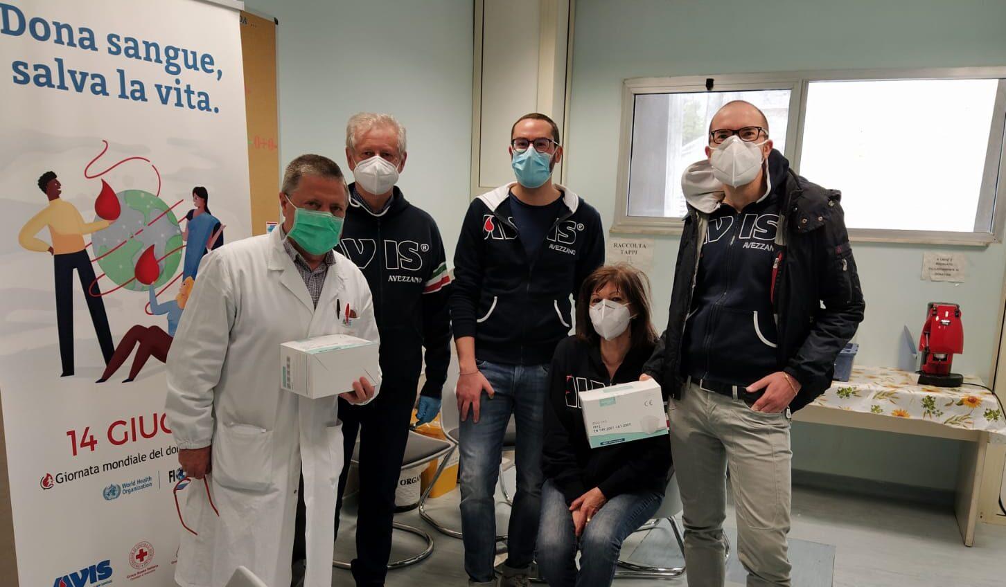 L'AVIS di Avezzano dona mascherine al personale del Centro Trasfusionale