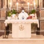 La prima Messa della Domenica nella chiesa di Sant'Erasmo a San Donato