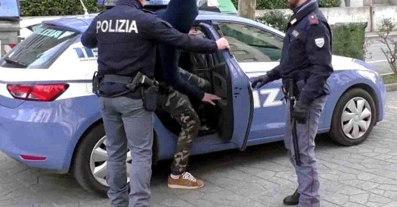 Aggressione e rapina a minori, convalidato il primo arresto