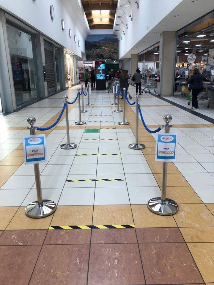 Il centro commerciale 'I Marsi' riparte nel rispetto delle norme di prevenzione e distanziamento della fase 2