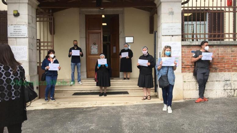 """Avezzano, sciopero dell'istituto Sacro Cuore """"Il governo ci aiuti"""""""