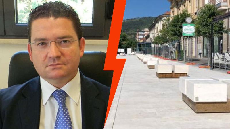 """Sulle panchine di Piazza Risorgimento punti vista """"opposti"""" tra Verrecchia e il Comitato Mobilità Sostenibile Marsicana"""