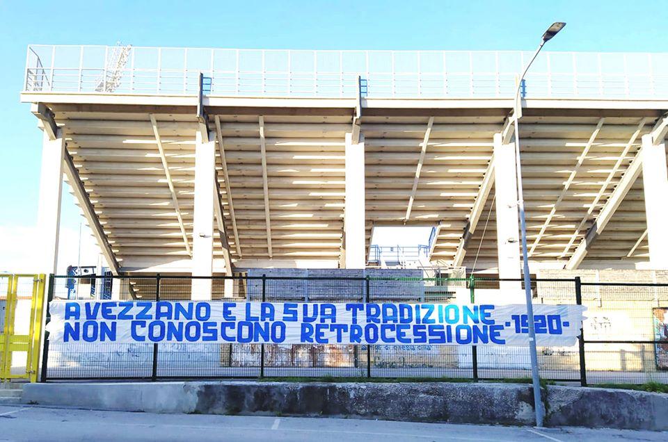 Avezzano Calcio, la Curva Duomo della Fermana si schiera con i biancoverdi