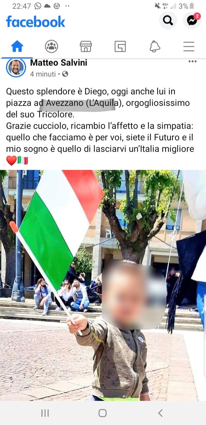 Flash mob in piazza risorgimento nella Festa della Repubblica, Salvini ringrazia pubblicamente un bimbo di Avezzano