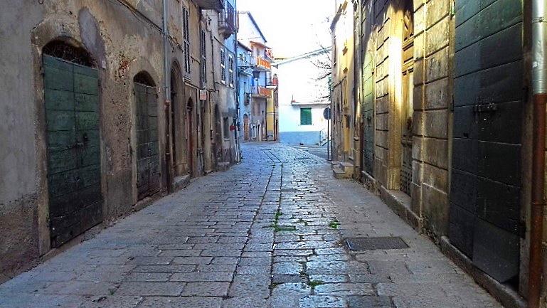 Avviati i lavori di riqualificazione urbana dello storico Corso Vittorio Emanuele III a Scurcola Marsicana