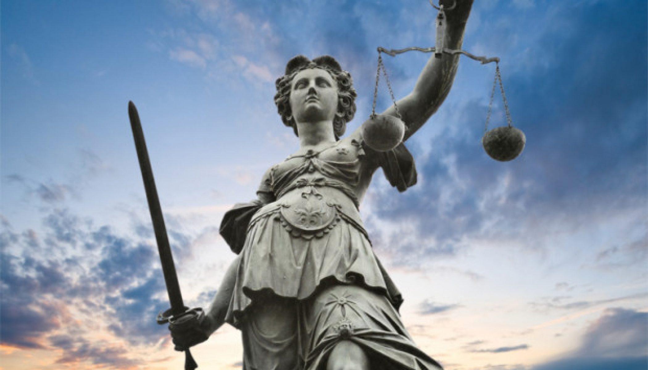 Accusato di aver maltrattato la ex moglie e di averla costretta ad un rapporto sessuale, assolto