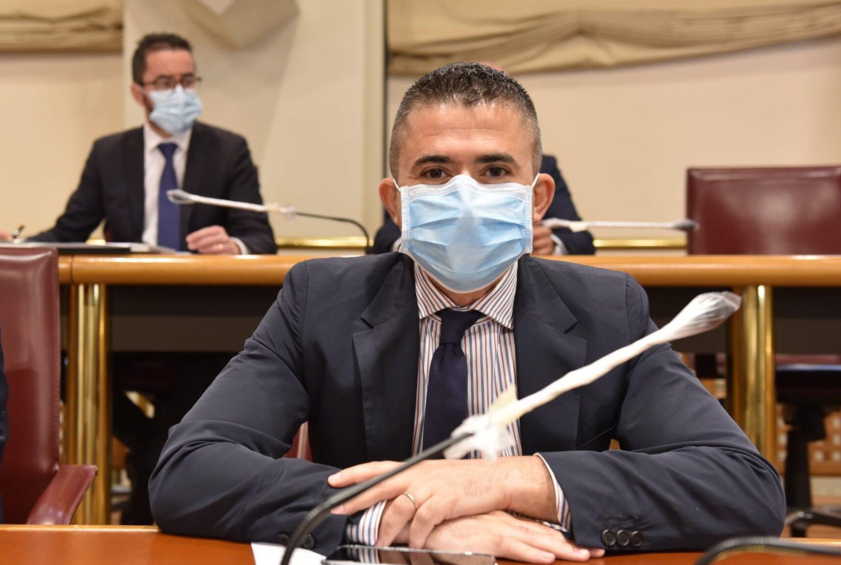 """Paolucci su reperibilità bombole ossigeno: """"La Regioni autorizzi l'uso farmaceutico di quelle ospedaliere in disuso"""""""