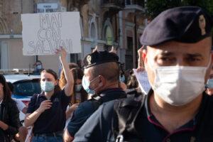 """Salvini ad Avezzano:""""Carabiniere aggredito dal solito miserabile, oltretutto pure con reddito di cittadinanza"""""""