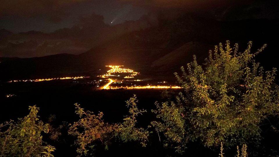 La spettacolare ripresa della Cometa Neowise da Alba Fucens