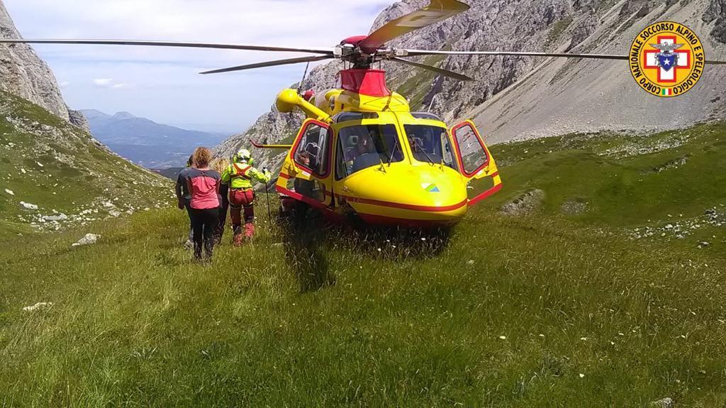 Ha un infarto in montagna salvato dal Soccorso Alpino