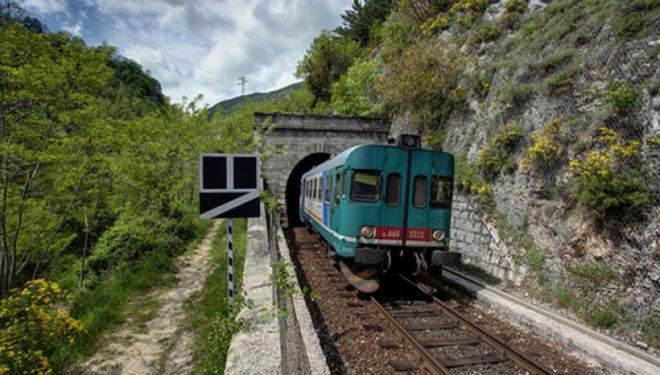 """Ferrovia Salviano Roccasecca, il Comitato: """"Ci opponiamo alla perdita di un mezzo di grande impatto sociale"""""""