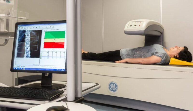 Che cosa è la MOC? Il Centro di Fisioterapia Santa Lucia di Ortucchio mette a disposizione i suoi spazi e il suo staff per uno screening gratuito