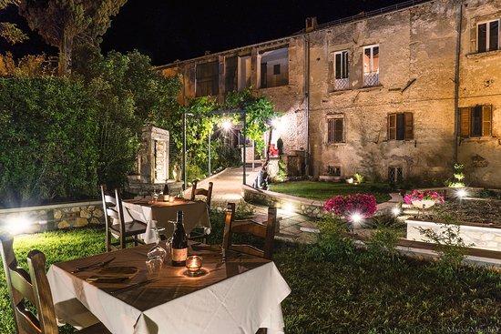 Gironi Divini non si ferma, ecco la tre giorni dedicata al vino D'Abruzzo