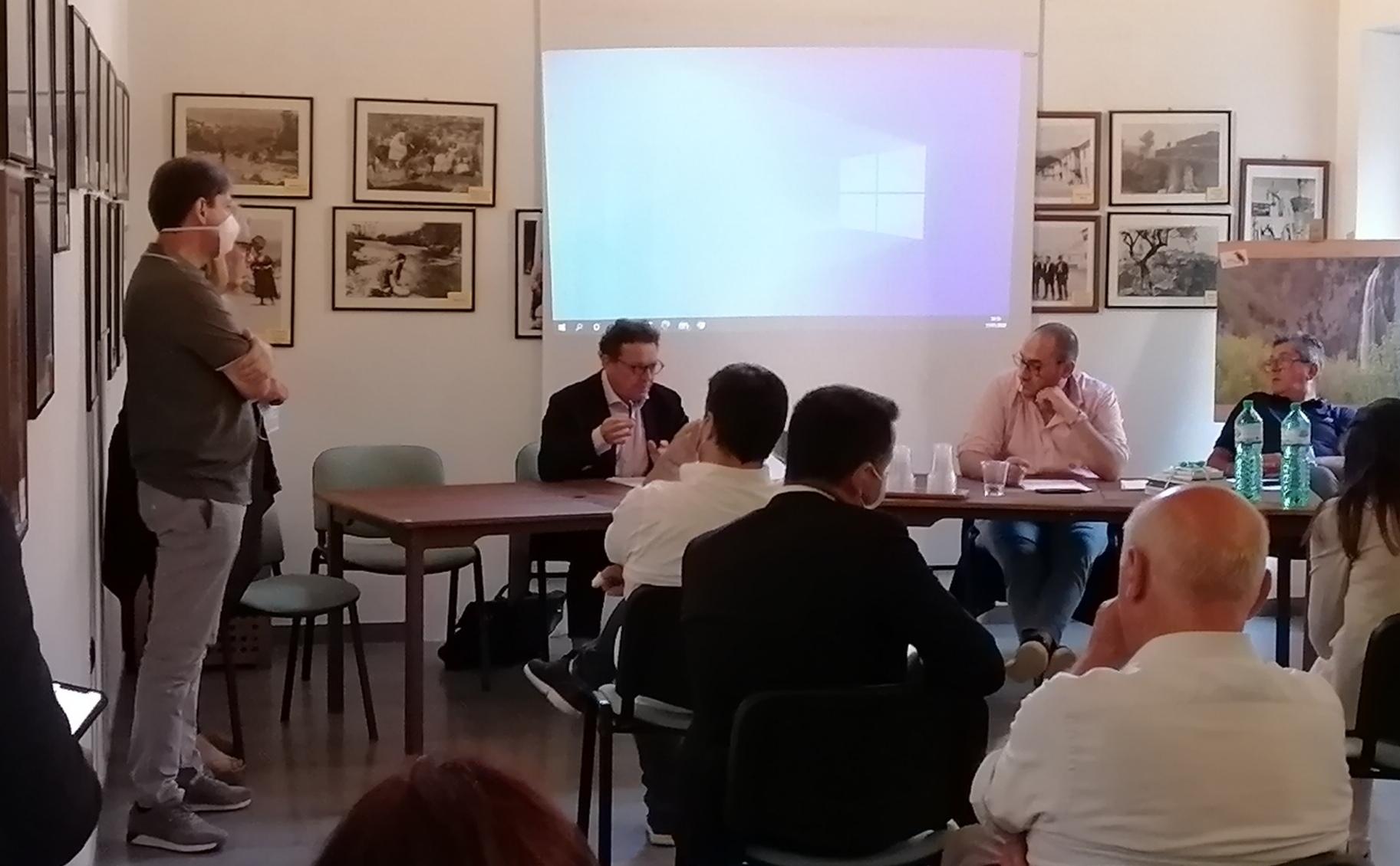 """Imprudente incontra i Sindaci del Contratto del fiume Liri, """"più cause concomitanti generano l'inquinamento. Partiranno da subito i controlli e le necessarie sanzioni"""""""