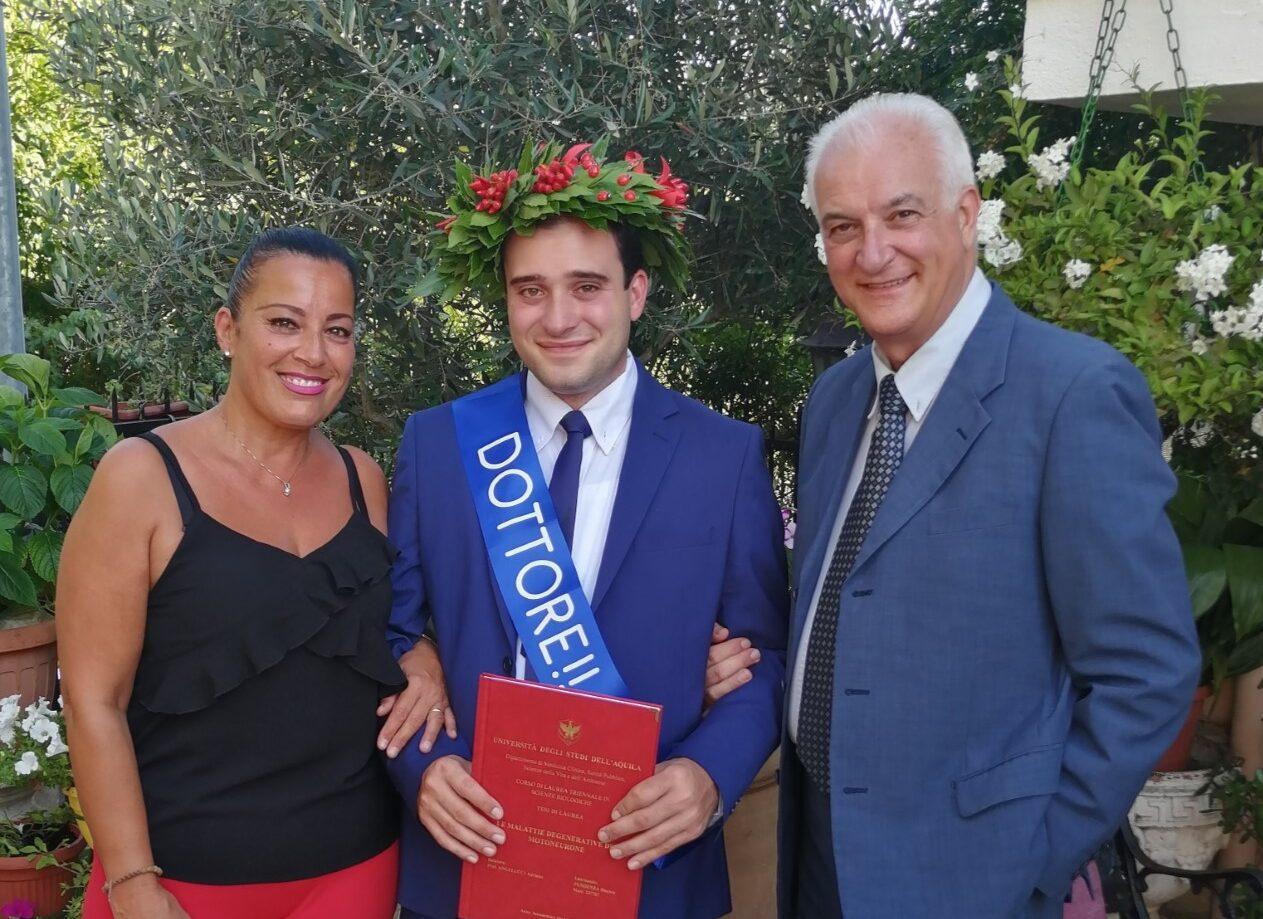 Daniele Pendenza si è laureato brillantemente in Scienze Biologiche