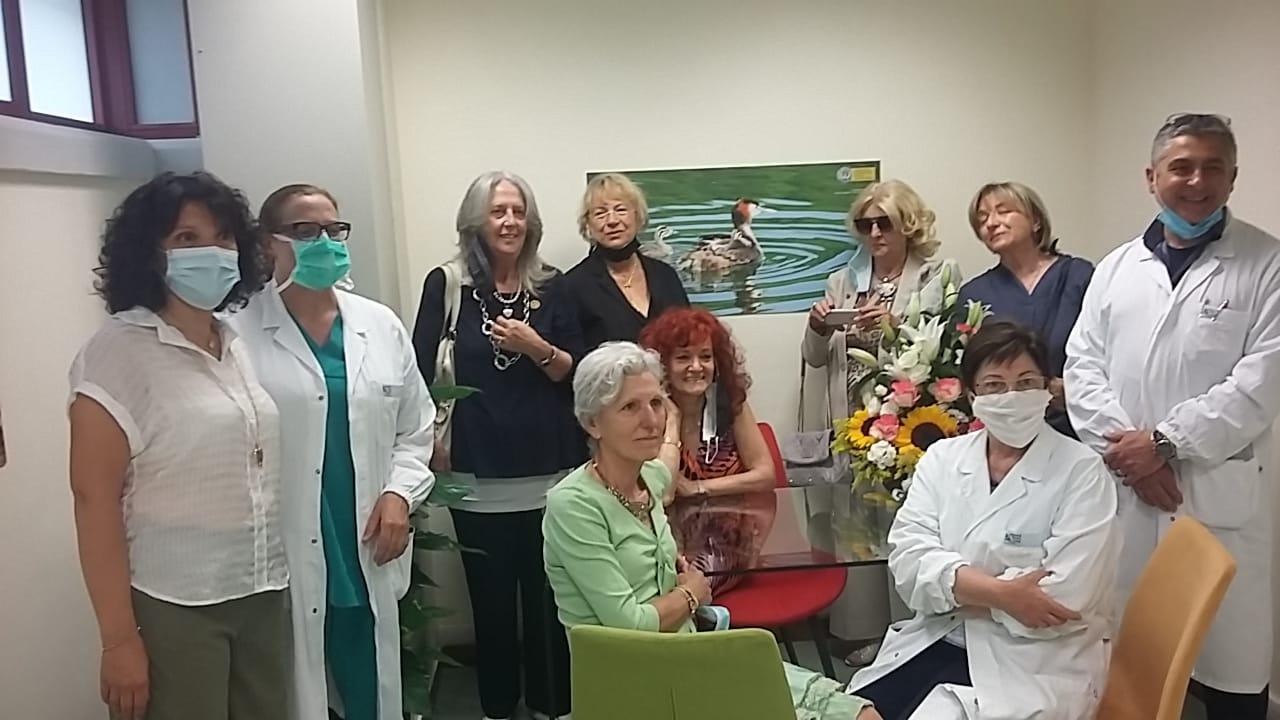 """Taglio del nastro questa mattina all'ospedale dell'Aquila con l'inaugurazione della """"stanza rosa"""" per le vittime della violenza"""