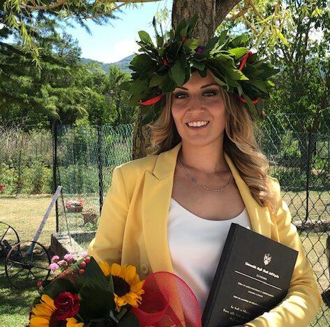 Laurea con lode in economia amministrazione e finanza per Sara Raffaele