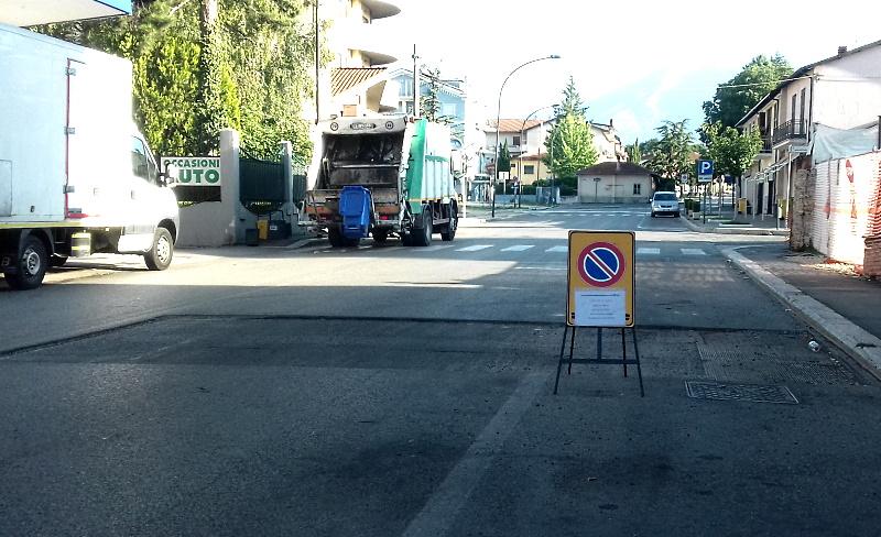 Guidatori fate attenzione al gradino nell'asfalto di via Don Minzoni ad Avezzano