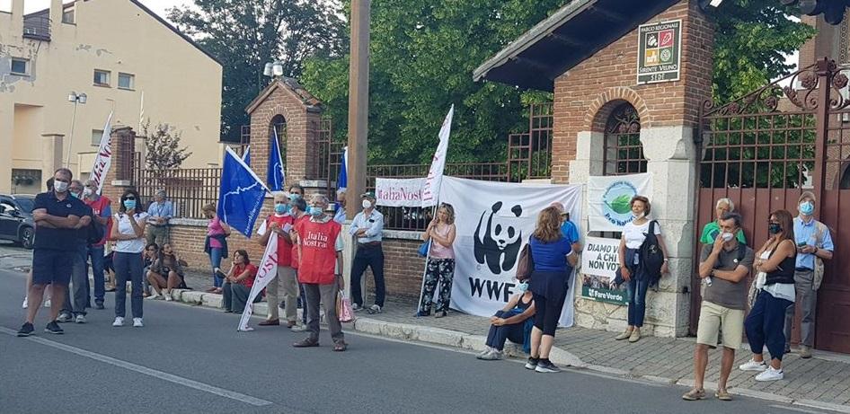 Mobilitazione per il Parco Regionale Sirente-Velino, protesta a Rocca di Mezzo