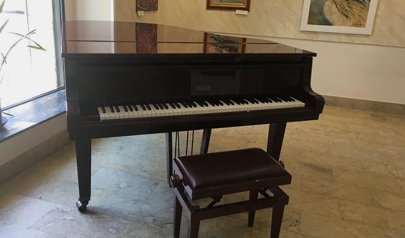 Il pianoforte suonato da Ennio Morricone si trova ad Avezzano