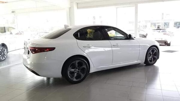 "ALFA GIULIA 2.2 150 CV ""EDITION TECH"""