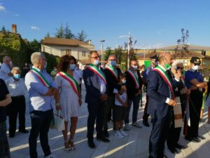 """Inaugurata piazza dell'Orologio a Collarmele, il sindaco Mostacci """"Un momento di grande gioia"""""""