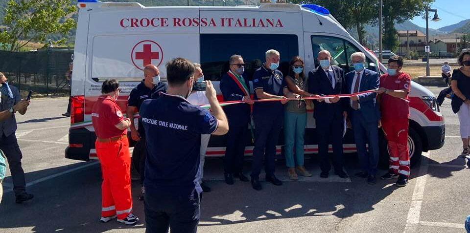 Una nuova ambulanza per la CRI di Ovindoli