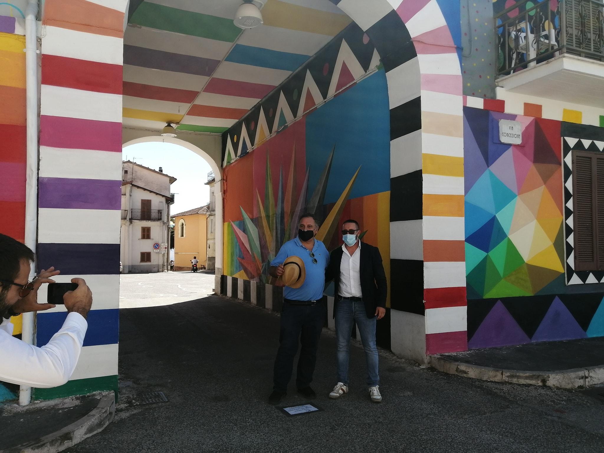 Aielli, rappresentanti dell'Ambasciata spagnola in visita per ammirare Borgo Universo