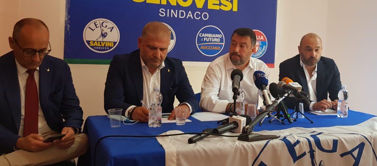 """Salvini ad Avezzano: """"Noi rispettiamo le norme anti covid, ma nel frattempo sbarcano migliaia di balordi"""""""