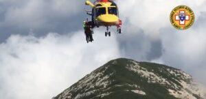 Ragazzo di 15 anni salvato sul Monte Amaro, si era sentito male dopo aver bevuto una bibita