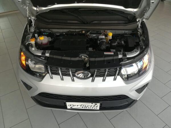 MAHINDRA KUV 100 1.2 VVT K8