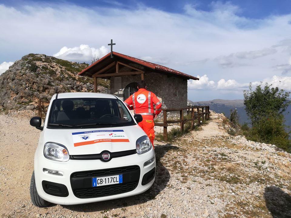 Una delle 53 autovetture donate dal CAI destinata alle associazioni Croce Verde Civitella Roveto e Gruppo Volontari Magliano per svolgere servizi di assistenza a domicilio