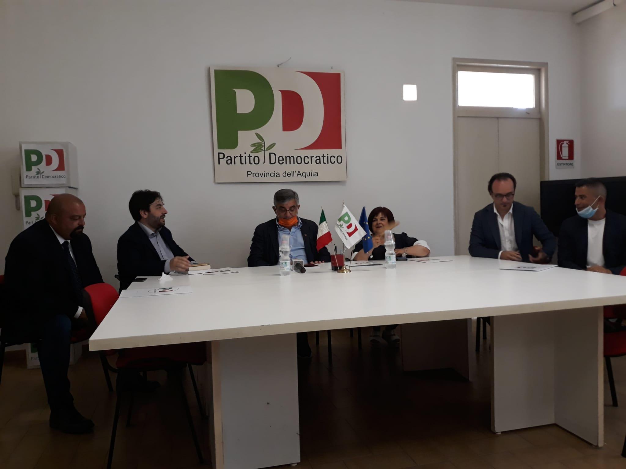 Stretta finale del Pd attorno al candidato sindaco Mario Babbo   Pezzopane, D'Alfonso, Ceglie, Piacente, Fina, Paolucci e Lolli confermano l'appoggio di un PD riorganizzato e giovane