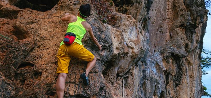 Giornata di arrampicata sportiva su roccia a Trasacco