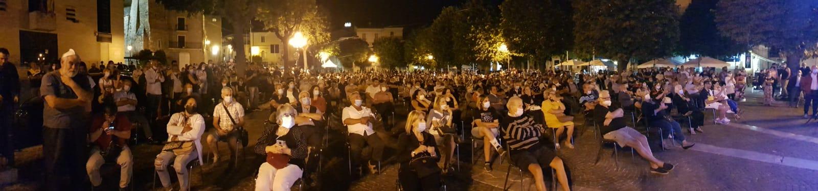 """Celano al voto, bagno di folla per la presentazione della lista """"Una Citta' Da Amare"""""""