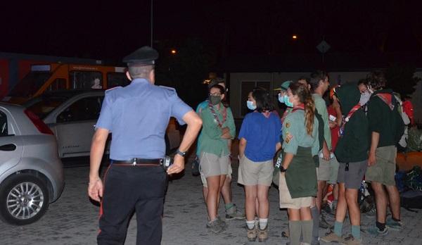 """Incendi a L'Aquila, i carabinieri salvano un gruppo di scout sul tragitto """"Terre Mutate"""""""